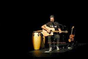 Barcellona Pozzo di Gotto: al Teatro Mandanici il concerto di Jarabe De Palo