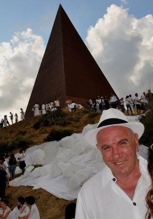 La Piramide della luce è arte, nulla ha a che vedere col misticismo «PIRAMIDE 38° PARALLELO  RIGENERA IL TERRITORIO DELLA VALLE DELL'HALAESA E RESTITUISCE IDENTITÀ CON LA CULTURA DELL'ARTE E L'IMPEGNO CIVILE»
