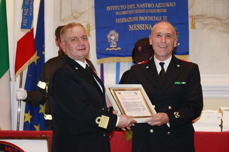 """Messina 6.12.2018 """"Premio Orione Speciale - conferito alla SEZIONE POLIZIA MARITTIMA E DIFESA COSTIERA DELLA CAPITANERIA  DI PORTO DI MESSINA"""