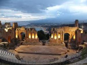"""Sesta edizione Taormina Opera Stars """"I Tre Tenori"""" e """"Le Div4s"""" sul palco del Teatro Antico di Taormina"""