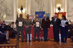 """Premio Speciale Orione 2019 - """"Attestato di Benemerenza"""" -  Caporal Magg.Ca.Sc. QS Pietro AMENTA, appartenente Comando Brigata Meccanizzata """"Aosta""""."""