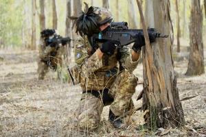 """Esploratori si addestrano in Sicilia. La Brigata """"Aosta"""" ha organizzato l'esercitazione di due settimane in provincia di Trapani con l'ausilio dei sistemi di simulazione dell'Esercito."""