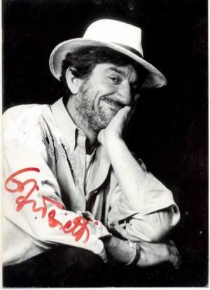 E' morto Gigi Proietti, un grandissimo Attore Italiano.