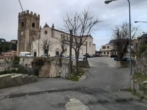 Domenica 7 Giugno 2020 alle ore 10:00 nella chiesa di S.Giovanni Battista Castanea delle Furie sara' celebrata una S.Messa in suffragio dei Caduti di tutte le guerre.