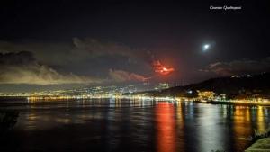 Il vulcano Etna come si presentava ieri sera ai nostri occhi