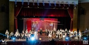 """Barcellona Pozzo di Gotto: grande successo per """"Julet ≡ Romeo"""" al Teatro Mandanici"""