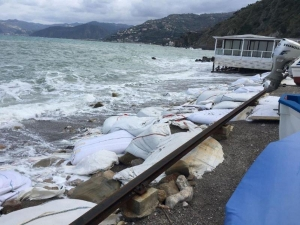 Erosione costiera: a Capo d'Orlando si interviene sull'arenile