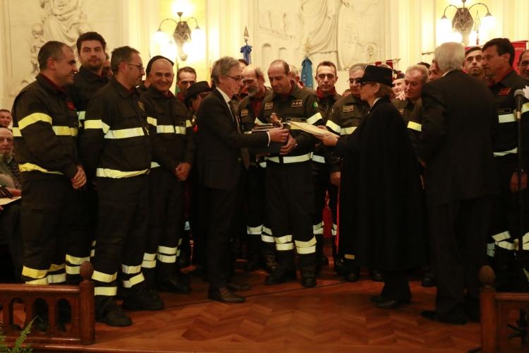 PREMIO ORIONE SPECIALE 2017 conferito  alle Squadre del Comando Provinciale dei Vigili del Fuoco  di Messina  dirette   dall'Ing. Agostino Fama