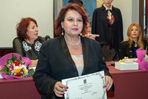 Primo premio giornalistico al concorso  il difficile mestiere del giornalista a Maria Teresa Prestigiacomo a Ex aequo con Maria Rosa Trischitta