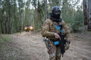 """Esercitazione """"Iron Shield""""  I militari della Brigata """"Aosta"""" si addestrano a Piazza Armerina per garantire la sicurezza in tutti gli ambienti operativi"""